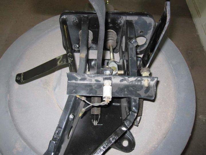 rear.jpg.7da10a6dfdd5010a9da87b4f582eb733.jpg