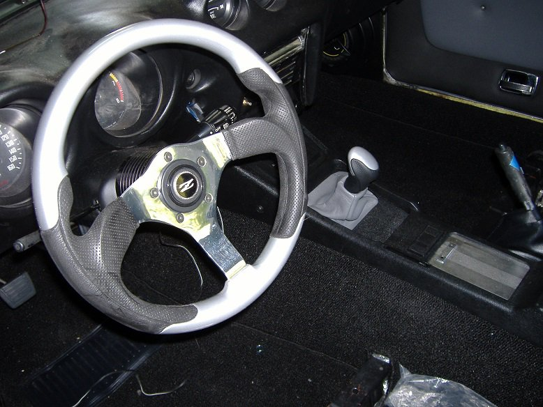 SHIFTER AND CONSOLE INSTALLED.JPG