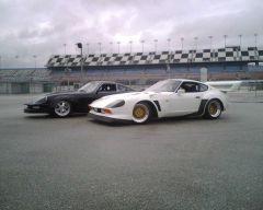 "Primadonna Z and Zwolf at Daytona Zcon ""07"""