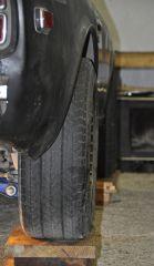 rear right tire outboard