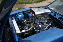 V8 73 240z