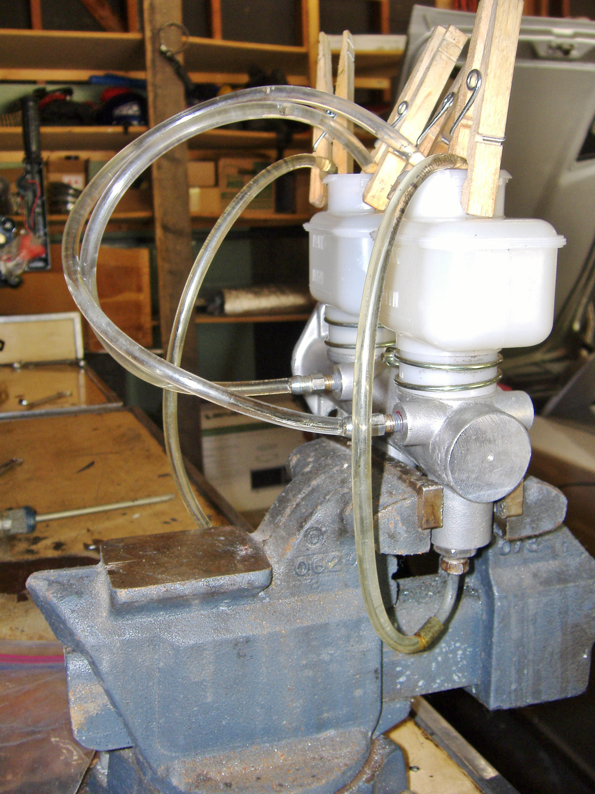 Stupendous Master Cylinder Bench Bleeding Brakes Wheels Suspension Pdpeps Interior Chair Design Pdpepsorg