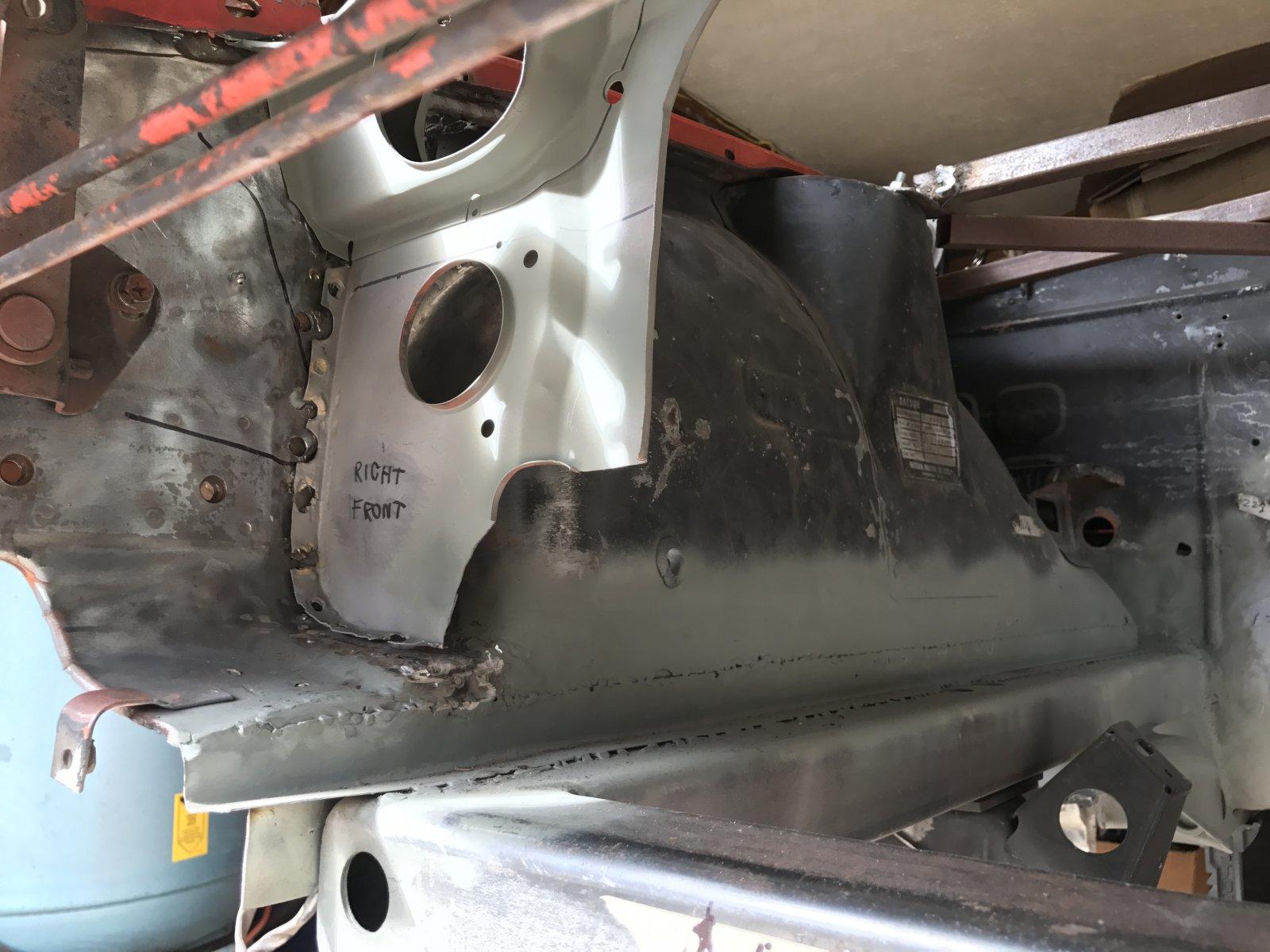 IMG_1777.JPG  Right side radiator support cut away